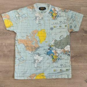 10.Deep Men's Small Global Map T-shirt